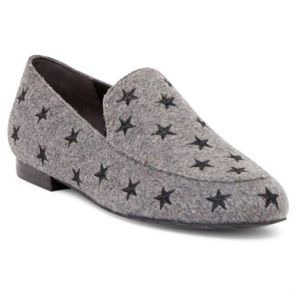 Kenneth Cole Welton Star Print Loafers In Gray